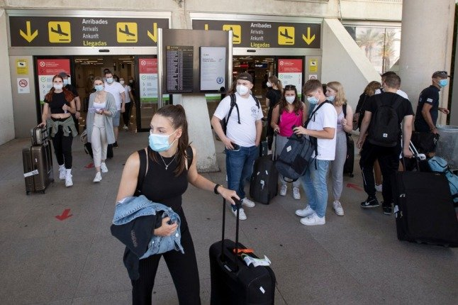 Holiday bookings to Spain by British tourists soar by 400 percent as UK quarantine rules eased