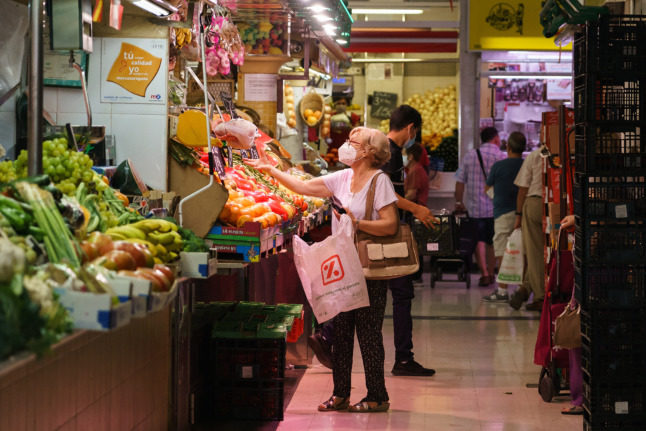 Spain to ban plastic packaging for food and vegetables from 2023