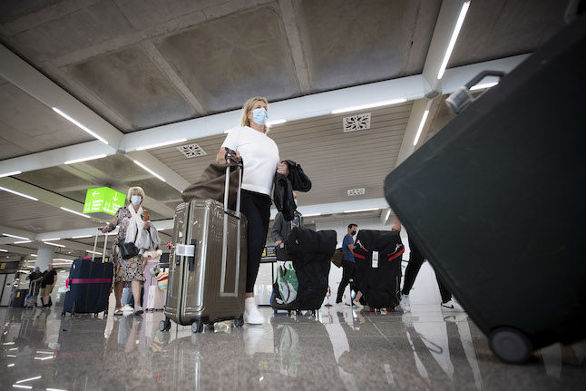UPDATE: What travellers from Spain to England should know about the UK's new Covid border rules