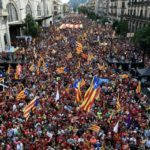 More than a hundred thousand hit Barcelona streets ahead of Madrid talks