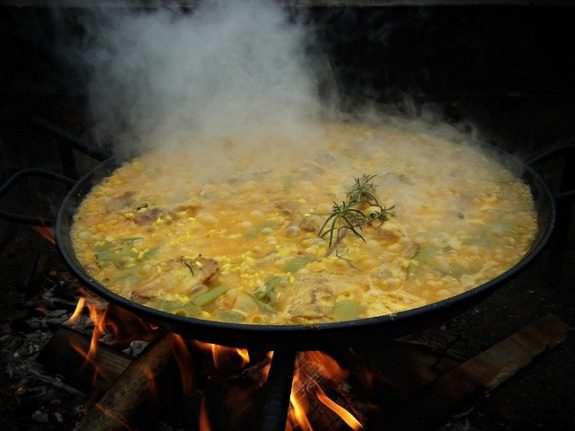 Five things you probably didn't know about Spanish paella