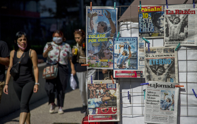 What's being done to save Spain's struggling news kiosks?