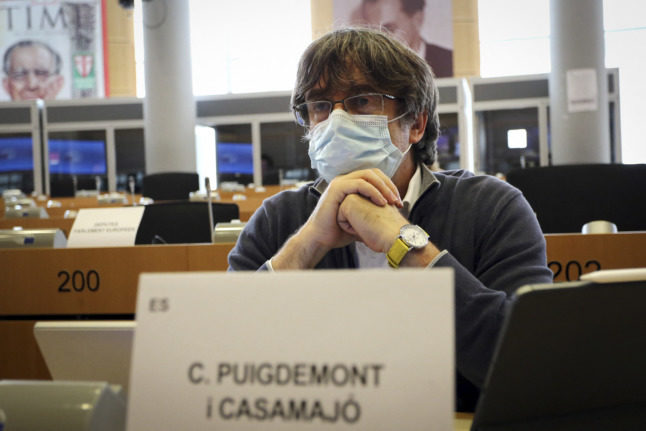 Catalan ex-leader seeks immunity ahead of extradition hearing in Italy