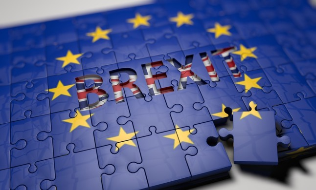 Brexit and Spain news roundup: residency delays, looming deadlines and passport stamps